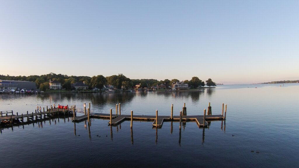 Maryland's chesapeake bay is a haven for paddlers. they can go kayaking in baltimore and have great time.